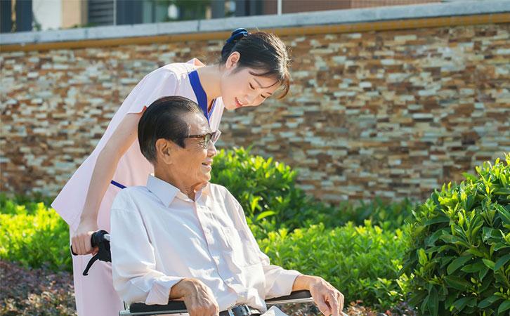 泰成逸园养老院位于广东广佛金沙洲商圈