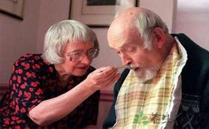 <b>不能自理老人怎么护理_不能自理老人养老院</b>