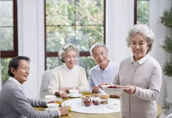 泰成逸园,父母老了,医养结合